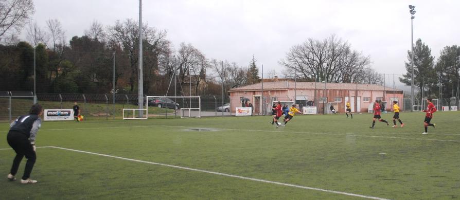 """LA SAINTE VICTOIRE DONNERA AU FC ROUSSET FOOT UN AVENIR """"SACREMENT """" GLORIEUX ! - Page 9 900829DSC0215"""