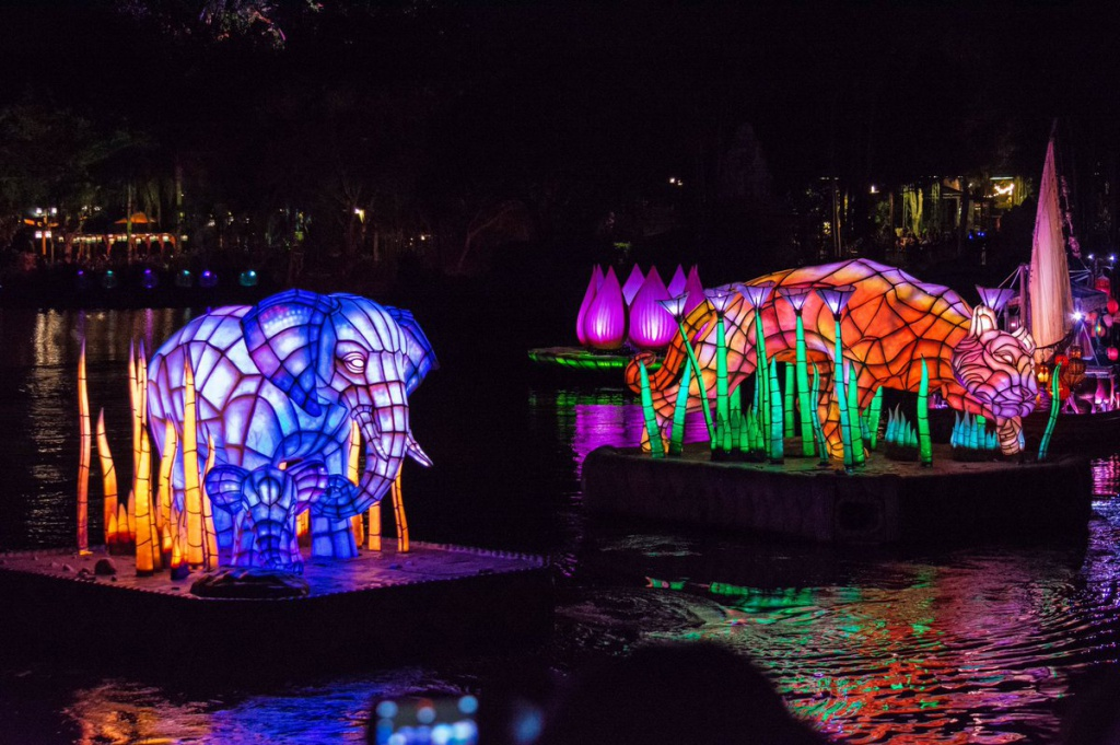 [Disney's Animal Kingdom] Nouveaux divertissements nocturnes: Rivers of Light, Tree of life Awakenings, The Jungle Book Alive with Magic ... - Page 13 901146Riversoflight2