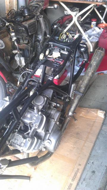 [Sharter] Mes XS en projet cafe racer - Page 2 901872IMAG1038