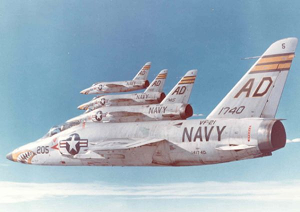 GRUMMAN F9F PANTHER  903256Grumman_F11_Tiger