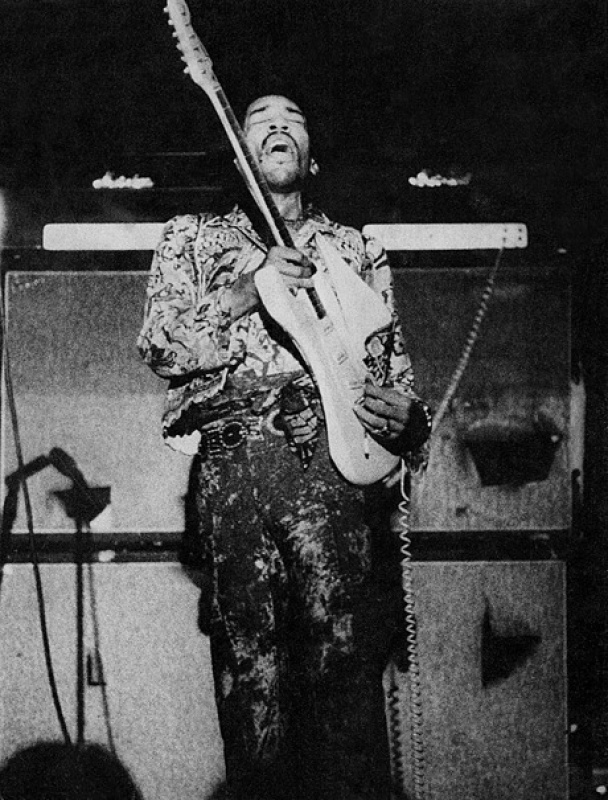 San Bernardino (Swing Auditorium) : 5 septembre 1968 904166page231000full