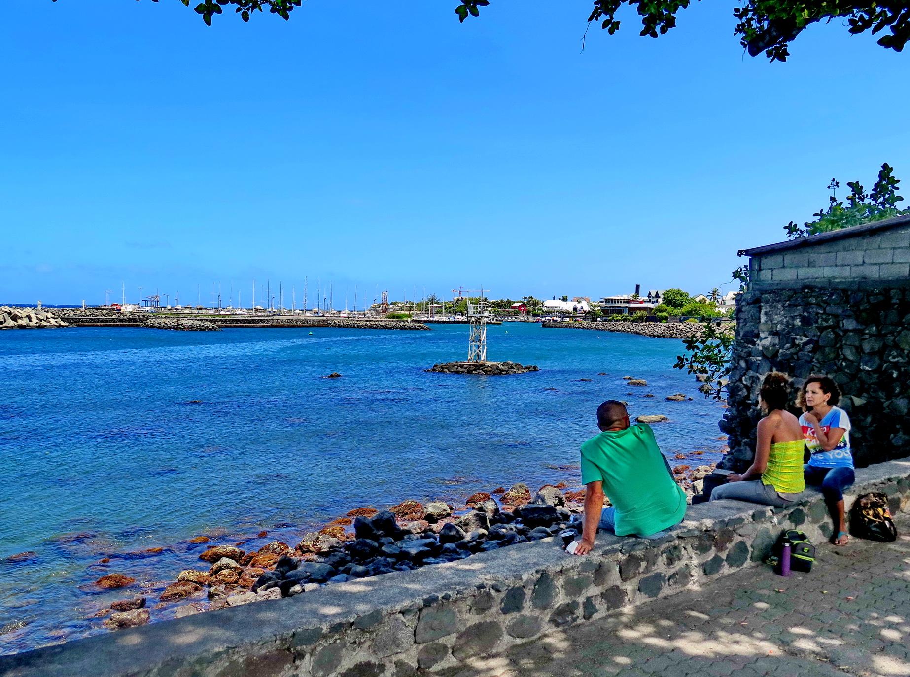 [Vie des ports] Les ports de la Réunion - Page 4 906114IMG0415