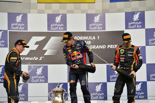 F1 GP de Bahreïn 2013 : Victoire Sebastian Vettel 9063582013RikknenVettelGrosjean1