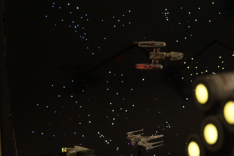 STAR WARS : Diorama Flotte rebelle - Page 4 906365DSC00811