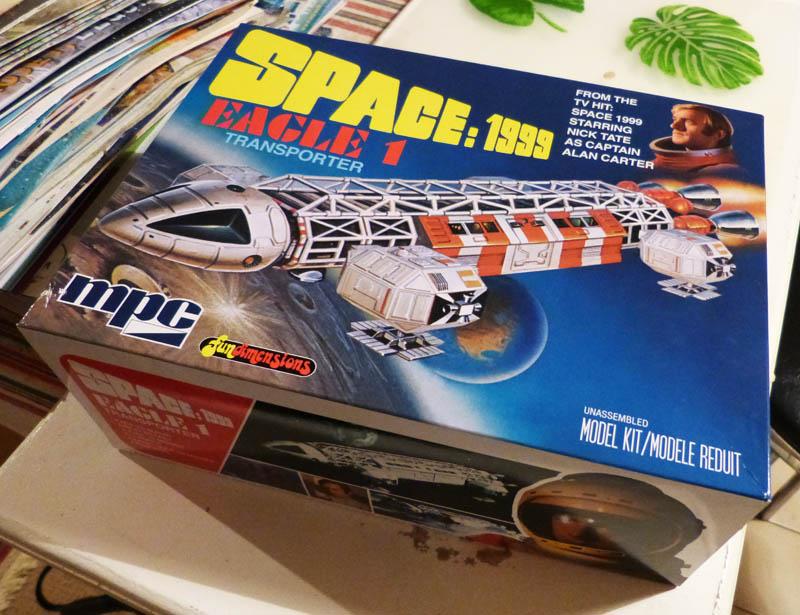 "Eagle 1 Transporter ""Space 1999"" - MPC. 908692Cosmos01"