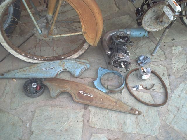motobécane AV79 de 1957 908924PICT0360