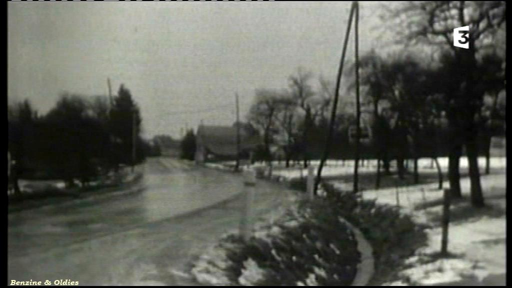 très rares photos de l'accident de Johnny Hallyday et Sylvie Vartan le 20 février 1970 à bord d'une Citroën DS 909687citroendscrashjohnny08