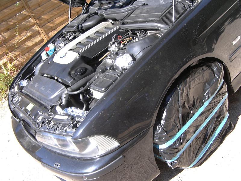 [BMW 530 d E39] Renaissance d'un Cosmos Schwarz Metallic 910108P1000458
