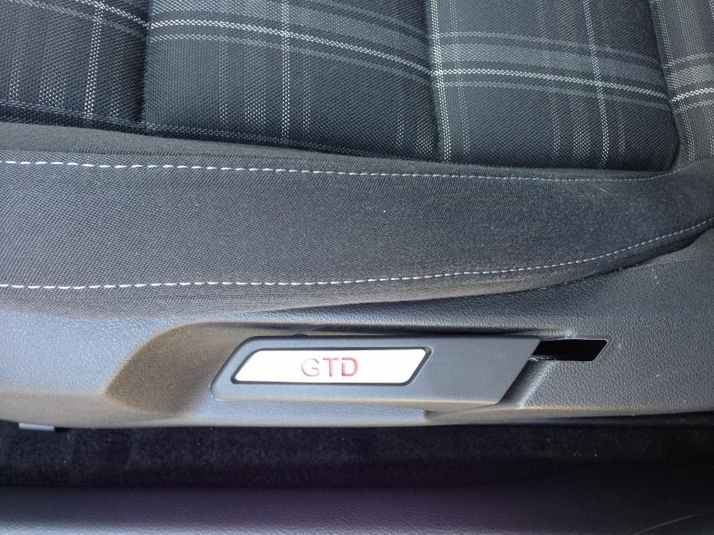[GTD blanc candy 5p BVM6 05/12] vitre teintée- adidas 18 - RNS 510 - gladen  - bi-xenon led - bluetooth premium - toit noir ...  912408IMG0467