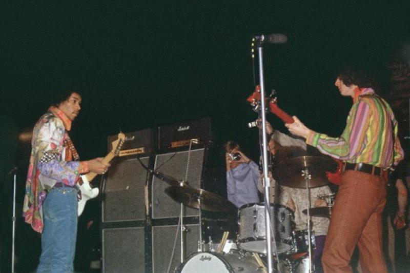 Londres (Saville Theatre) : 8 octobre 1967  [Premier concert] 91634819671008SavilleRehearsals04