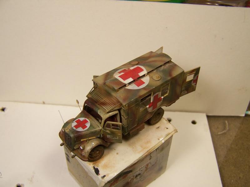 Opel Blitz Ambulance Normandie été 1944 - Page 2 9165651005877