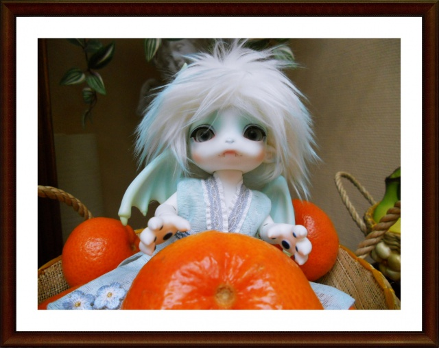 Nouvelles dolls : DimAria, LTF Ante et Lishe :) 918867Fruit1