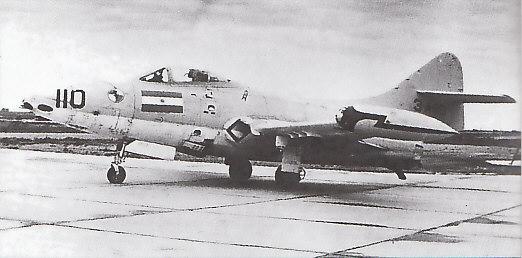GRUMMAN F9F PANTHER  919906F9F_2_Argentin