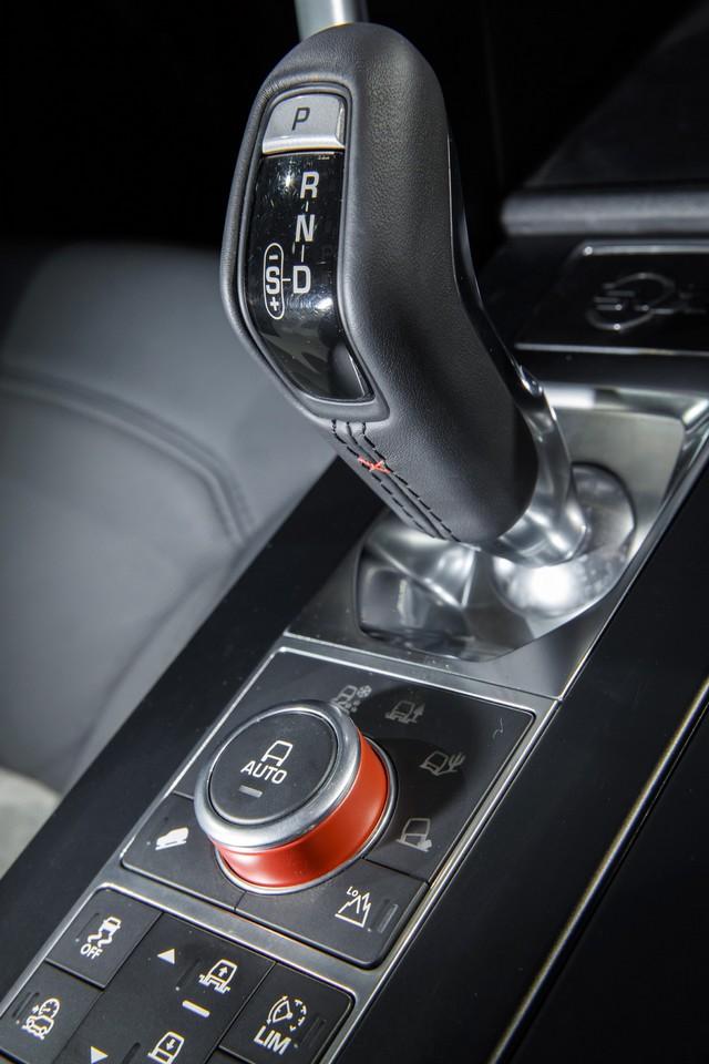 Nouveau Discovery SVX : Land Rover dévoile son champion tout-terrain au Salon de Francfort 921886jlrfrankfurt2017048