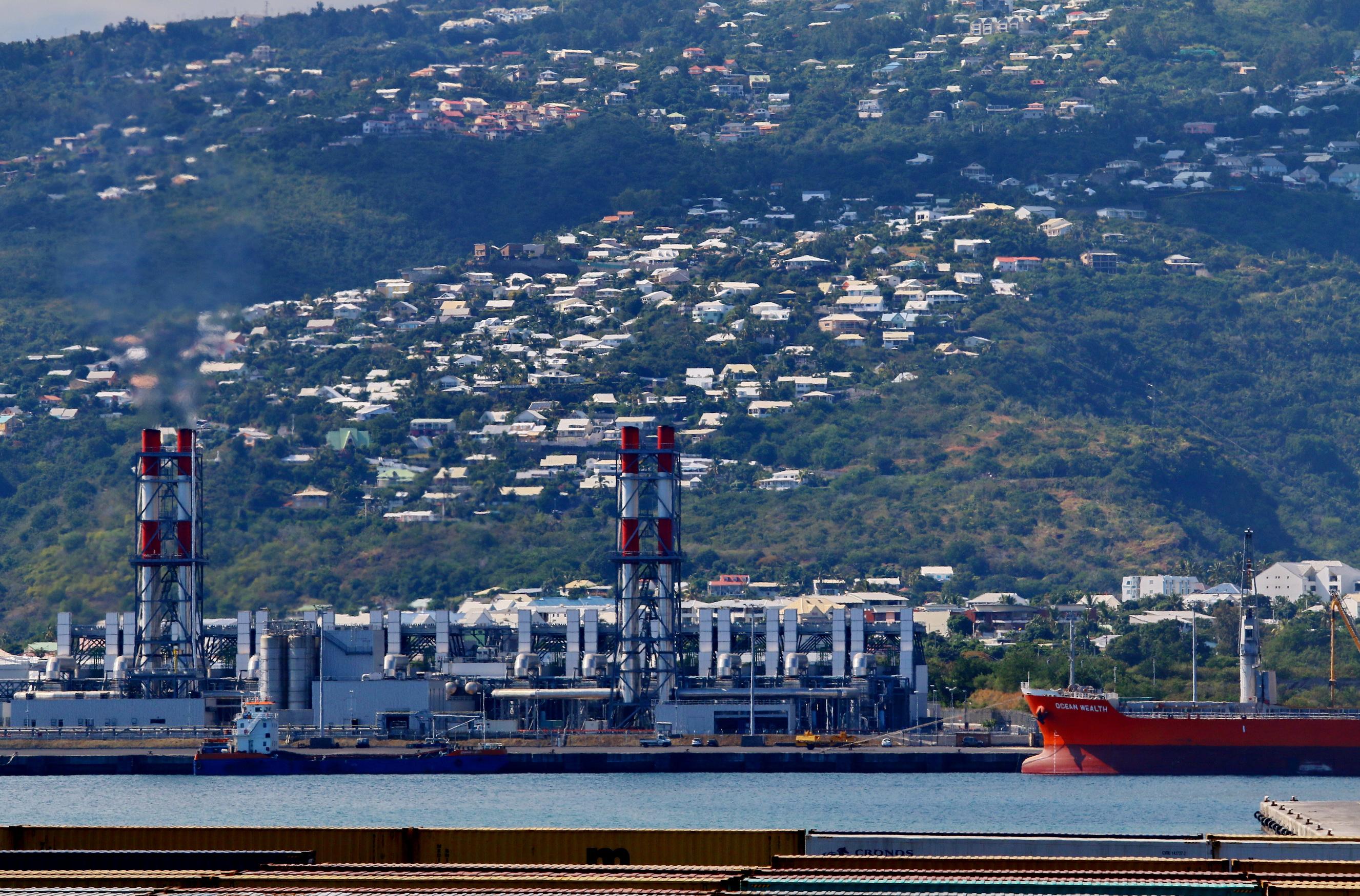 [Vie des ports] Les ports de la Réunion - Page 9 922510portest060