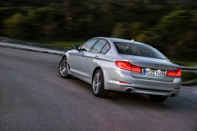 BMW Group au salon de Detroit NAIAS 2017 922665P90244224highResbmw530eiperformanc