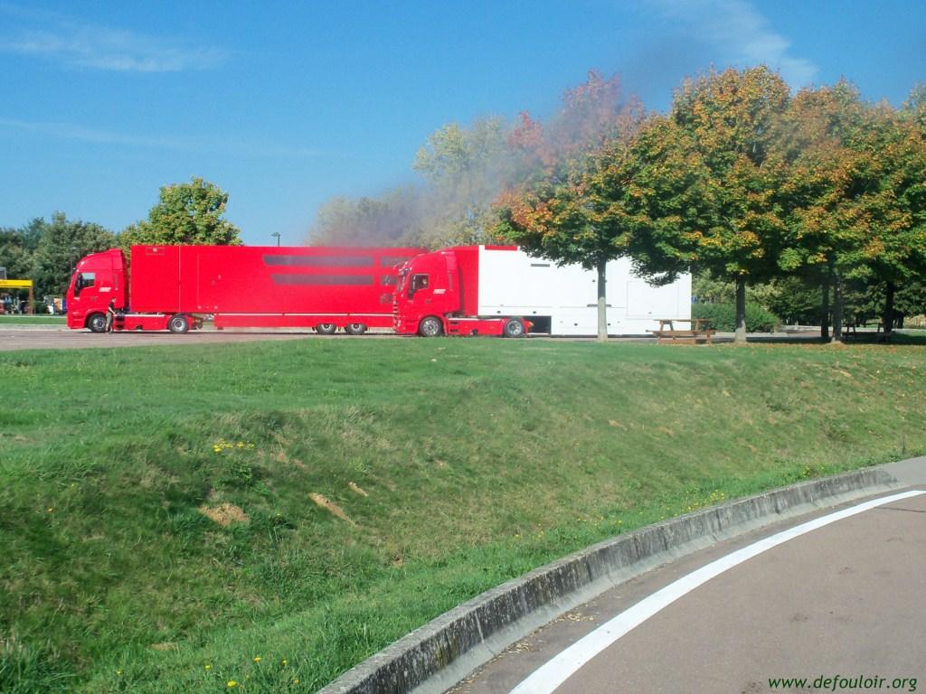 Equipe Ferrari 922692Camion_Ferrari__4_