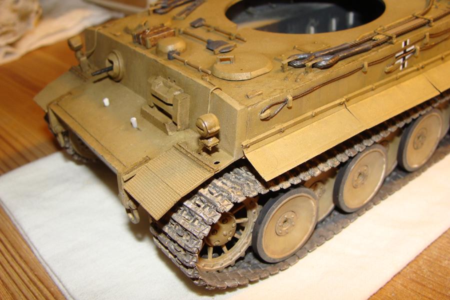 Tigre I - Tamiya ref 35156 - 1/35 - Page 5 922935DSC05372