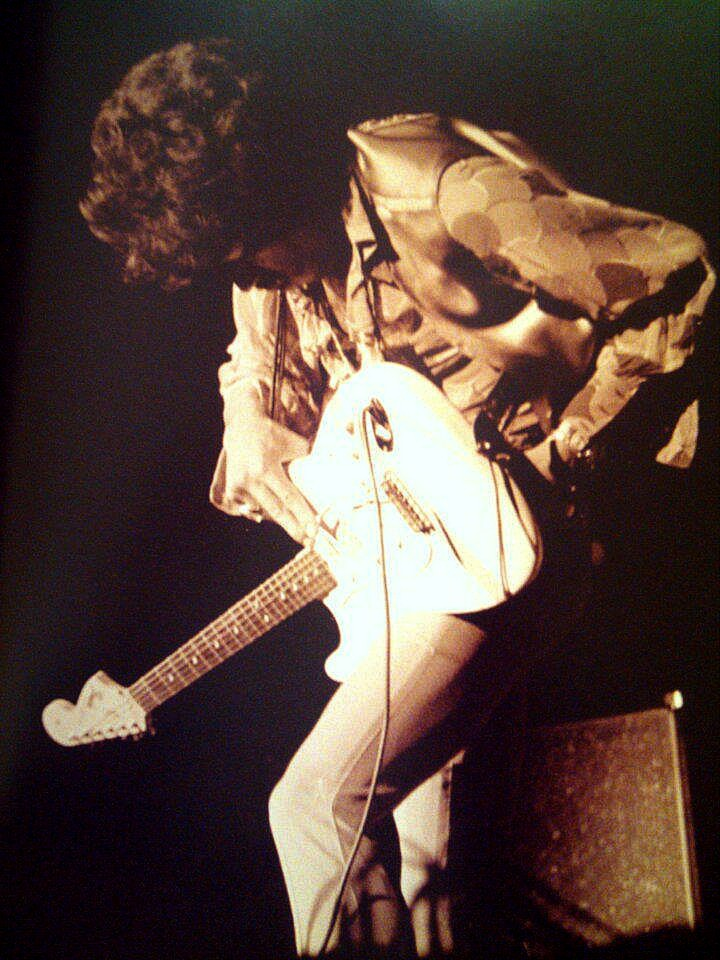 Oakland (Oakland Coliseum) : 13 septembre 1968  923904187n