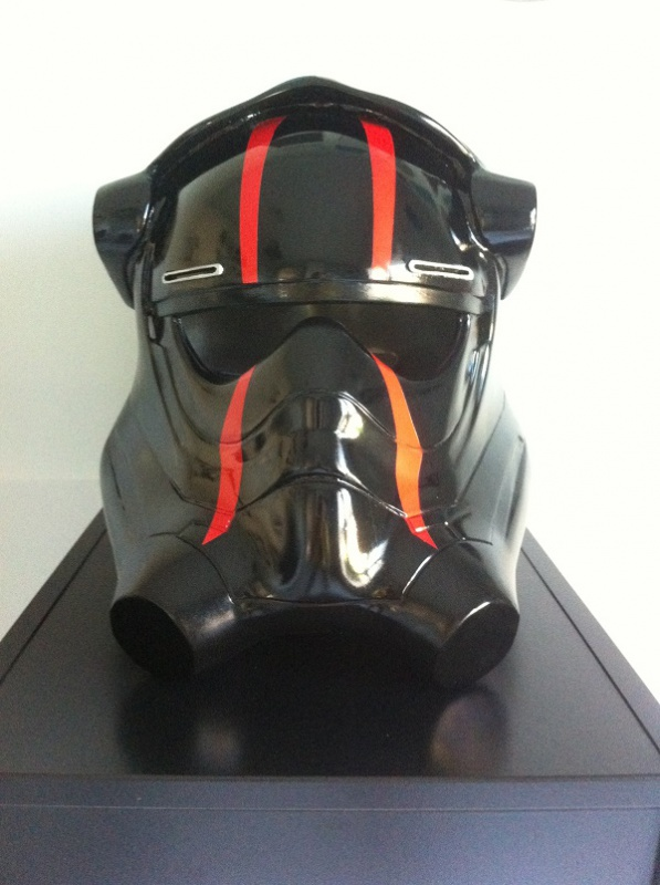 CASQUE PILOTE TIE THE FORCE AWAKENS N°2 927178IMG4126