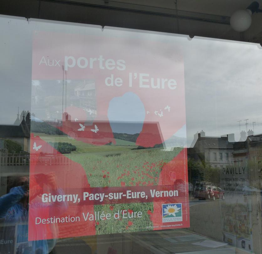 PACY SUR EURE: LE PARIS NORMAND AU COEUR SI TENDRE  - Page 2 930914P1110039