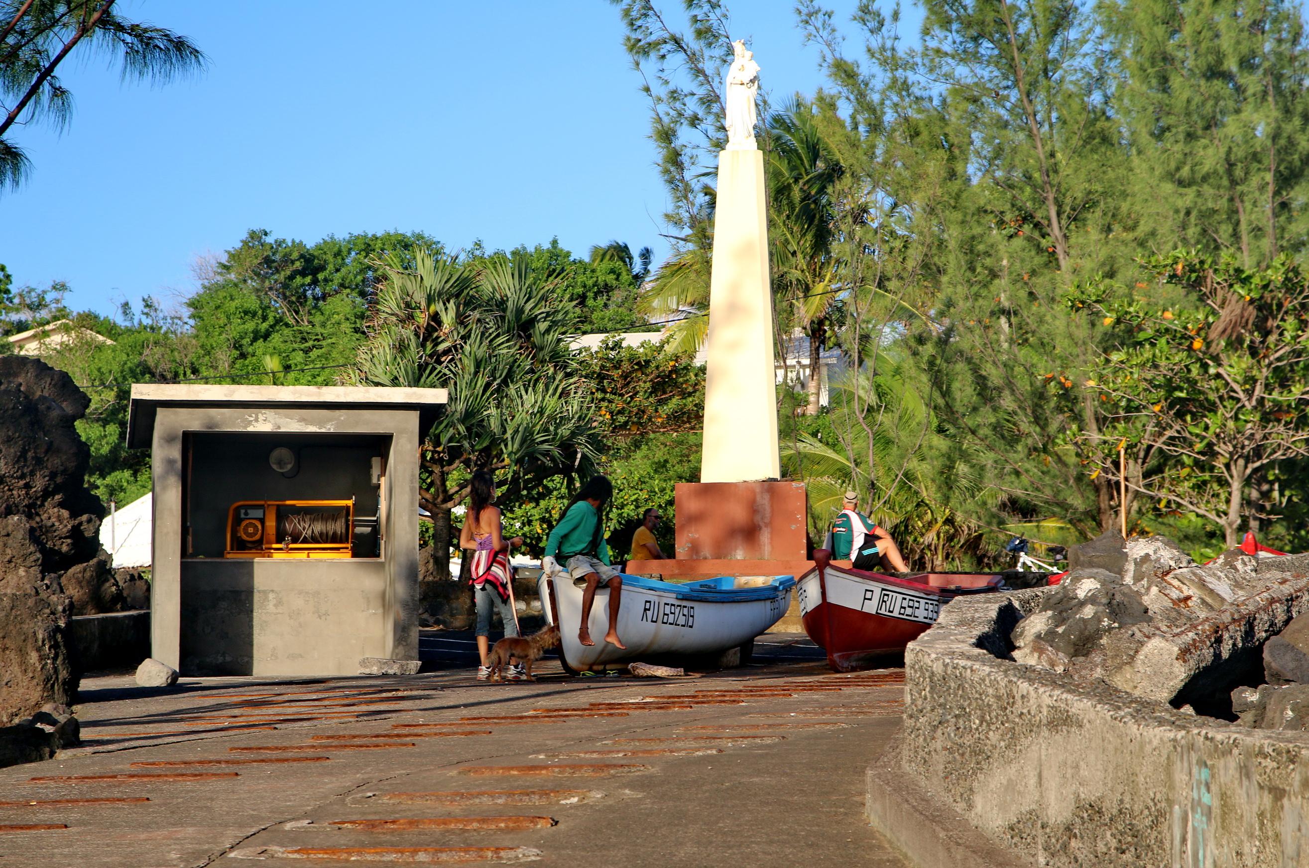 [Vie des ports] Les ports de la Réunion - Page 5 931152capmchantlangevin145