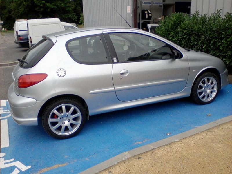 [BoOst] Peugeot 206 RCi de 2003 934665P2209151133