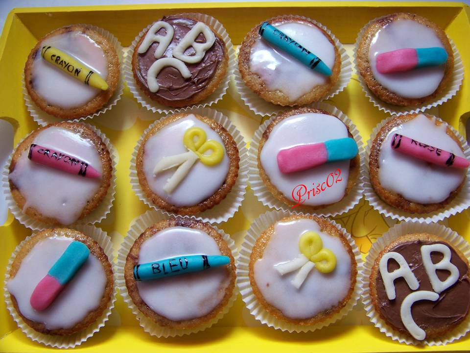 Fournitures scolaires - Page 2 937188cupcakecole1