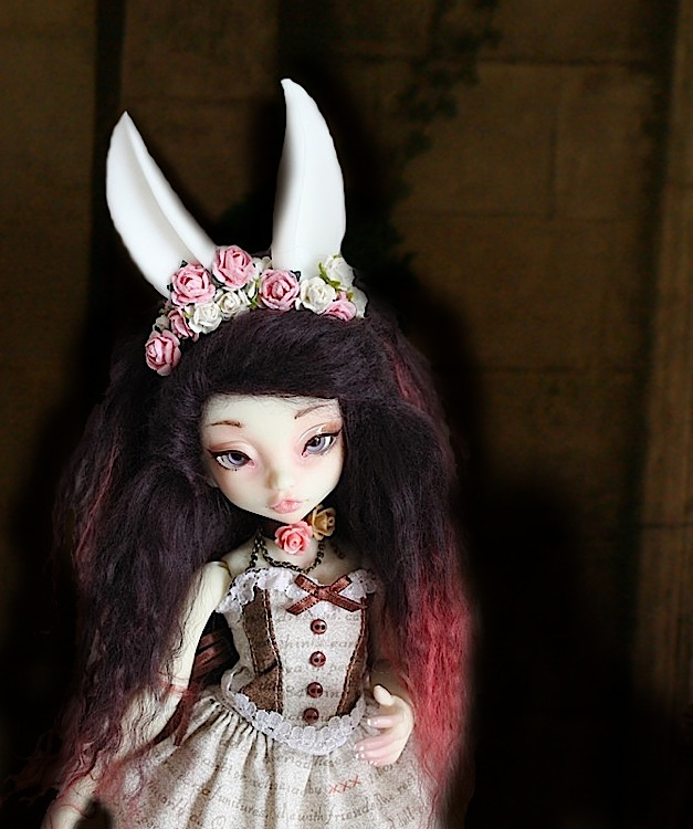 Nymeria (Sixtine Dark Tales Dolls) nouveau make-up p8 - Page 6 938516Marianne