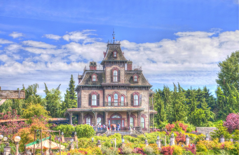Photos de Disneyland Paris en HDR (High Dynamic Range) ! - Page 3 939010IMGPAnd2moretonemappedtonemapped