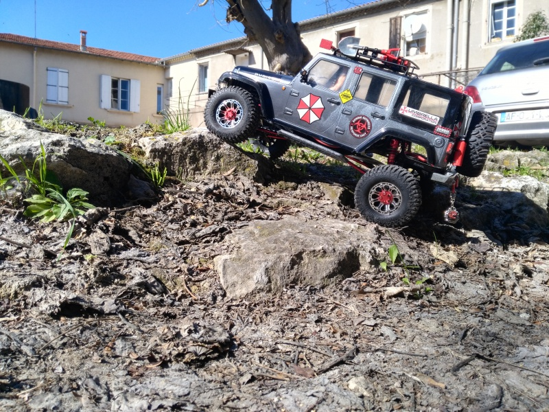axial Scx10 - Jeep Umbrella Corp Fin du projet Jeep - Page 8 939229IMG20170226135637