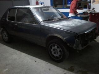 [tombocanegra]  205 GTI 1L9 - 1.9 - noir audi - 1988 93923120101018223458