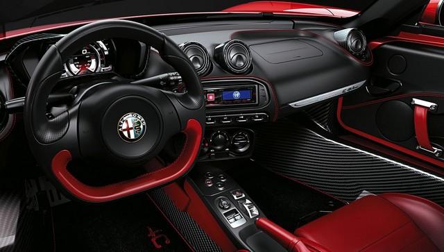 Alfa Romeo au Salon International de Genève 2015 943375150223AR4CSpider14