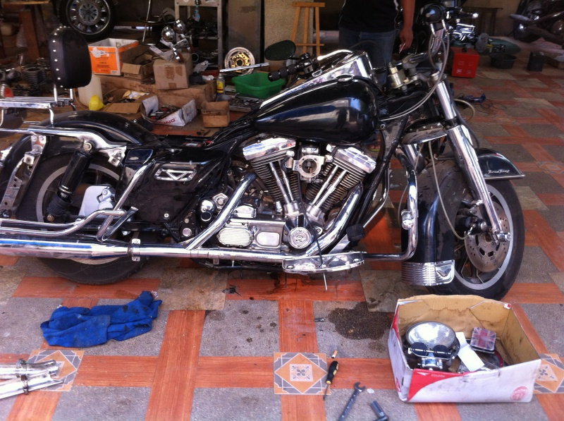 Les tribulations d'un road king en Thailand  - Page 2 946067IMG1250