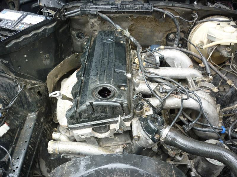 Mercedes 190 1.8 BVA, mon nouveau dailly - Page 6 949258P1010704