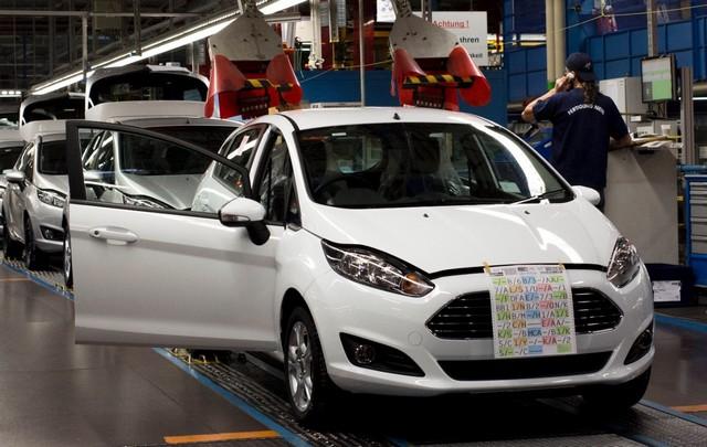 Ford Europe augmente la production des Fiesta, Focus, C-MAX et Grand C-MAX pour répondre à la demande 949260newFordFiestaProductionStart02