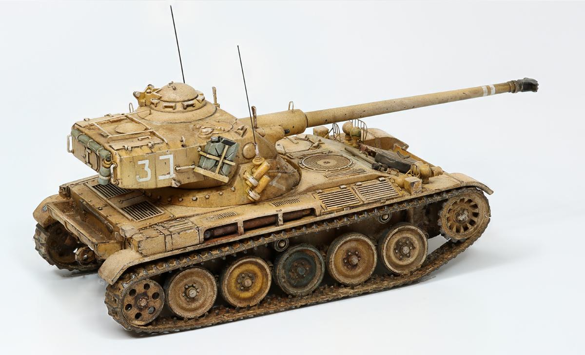 AMX 13   75mm 1/48 gaso-line 954814amx13md06wb