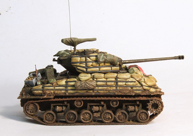 The usual suspects (TERMINE) M4A3E8 Dragon 1/35 957232IMG2735