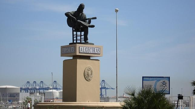 La statue de Paco de Lucia a Algeciras - Andalucia 958426pacoluciaestatuaalgeciras644x362