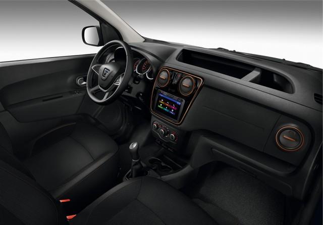 Et de quatre ! La famille Stepway s'agrandit avec Nouvelle Dacia Logan MCV Stepway 9596608740016