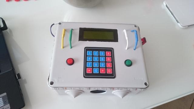 Boitier avec plusieurs mode de jeu 963516DSC0073