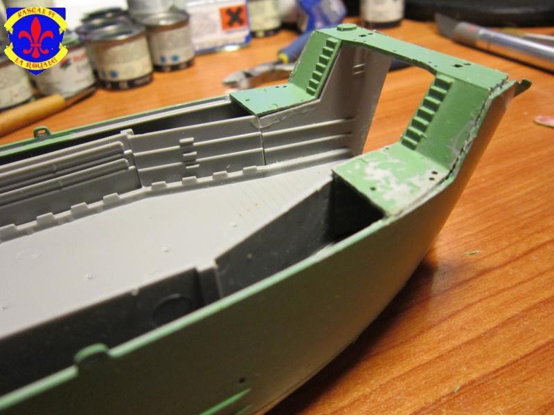 U.S. Navy Landing Ship Médium (Early) au 1/144 de Revell par Pascal 94 - Page 2 969539IMG41331