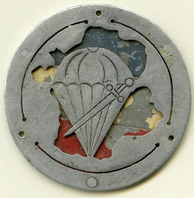 LES INSIGNES DU BATAILLON DE CHOC 1943/1963. 974756BrigadedeChocFillouxdiam458mm