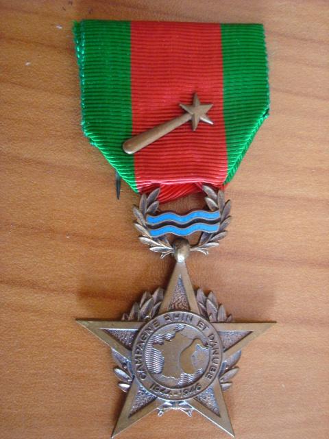 LES DÉCORATIONS AU CHOC 1943-1945. 976219RhinDanube1