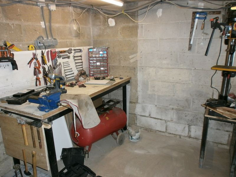 l'atelier du cantonnier 976391etabli2