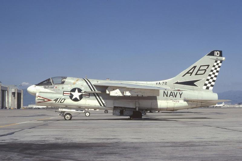 LTV A-7 Corsair II [NOUVELLE VERSION] 982078LTVA7BCorsairII34
