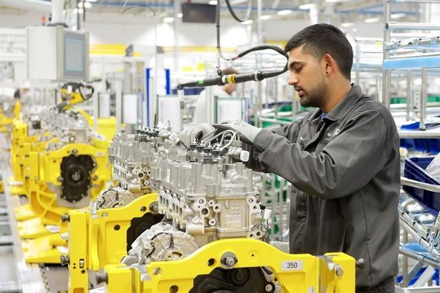 Le Land Rover Discovery Sport Reçoit Les Moteurs Diesel Ingenium 983883JLREMCOpeningImage3010140298054LowRes