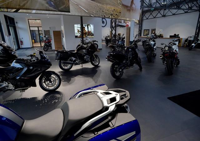 MOTO LOFT: Une nouvelle concession BMW Motorrad en Ile de France 986407P90208097highResmotoloftanewbmw