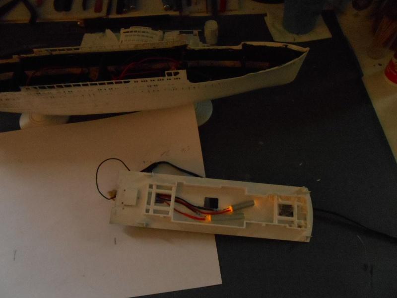 Hikawa Maru hopital 1/350 PE/pont en bois et babioles  - Page 2 987557DSCN5611