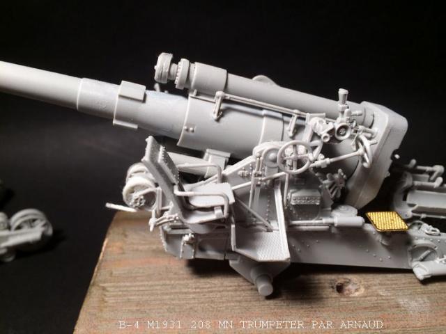 un B-4 M1931 203 mn (le marteau de Staline trumpeter 1/35 990407B4015